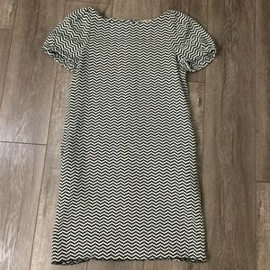 See by Chloe black & white chevron dress size 4